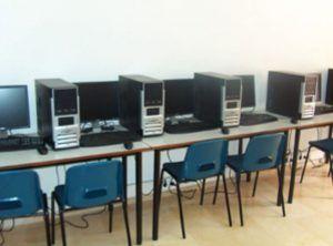 Aula de Libre Acceso a Internet 4